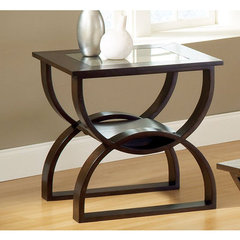 Buy Steve Silver Dylan 24x22 End Table in Rich Cherry on sale online