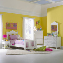 Buy Hillsdale Lauren Youth 5 Piece Poster Bedroom Set on sale online